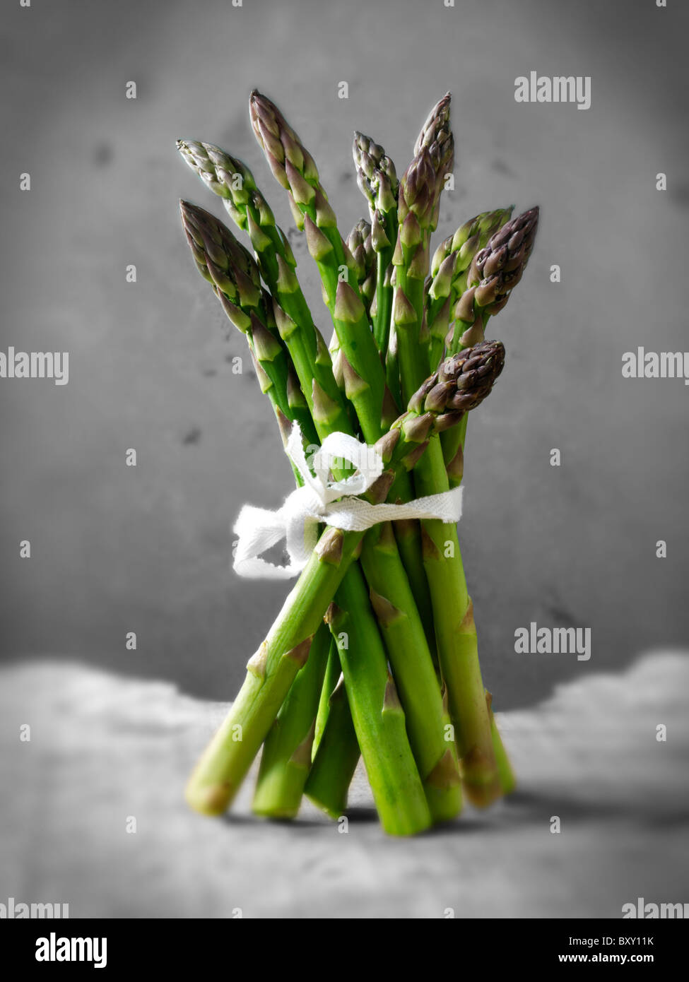 Bunch of fresh asparagus spears - Stock Image