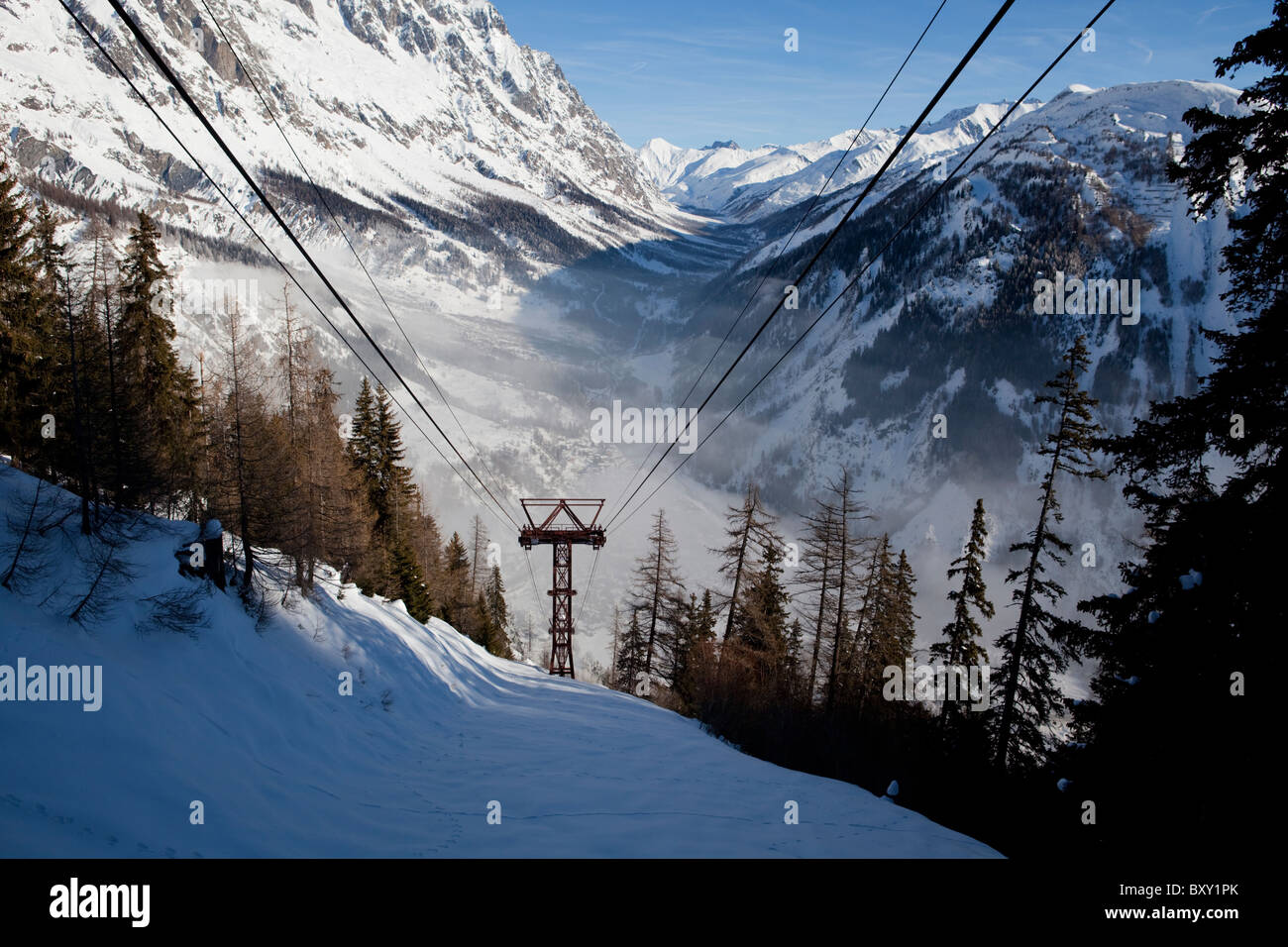 Monte Bianco - Mont Blanc view from the cable car from Entreves towards Val Veny, Courmayeur, Aosta, Italy - Stock Image