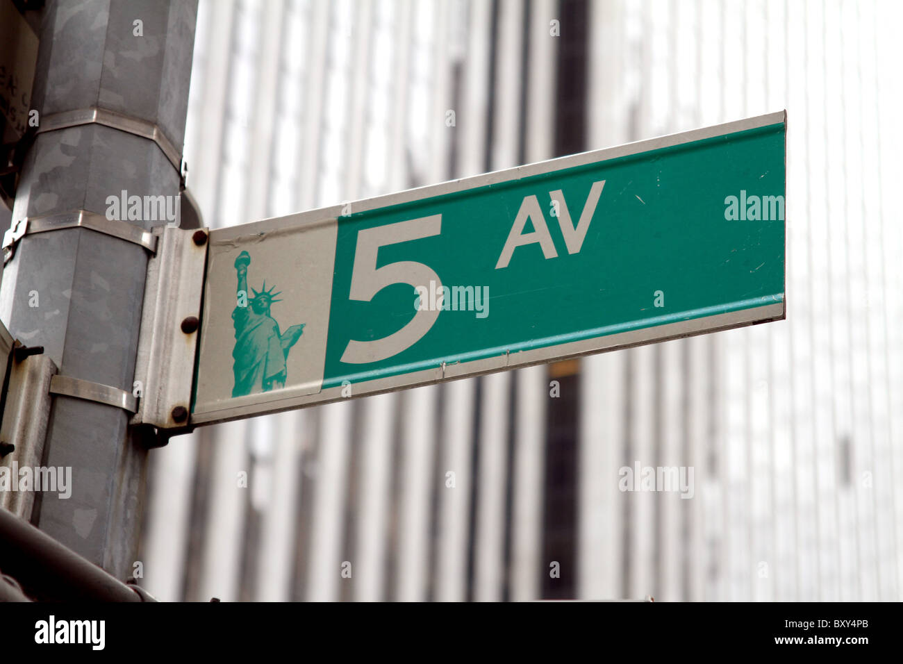 5th Avenue street sign in New York, America - Stock Image