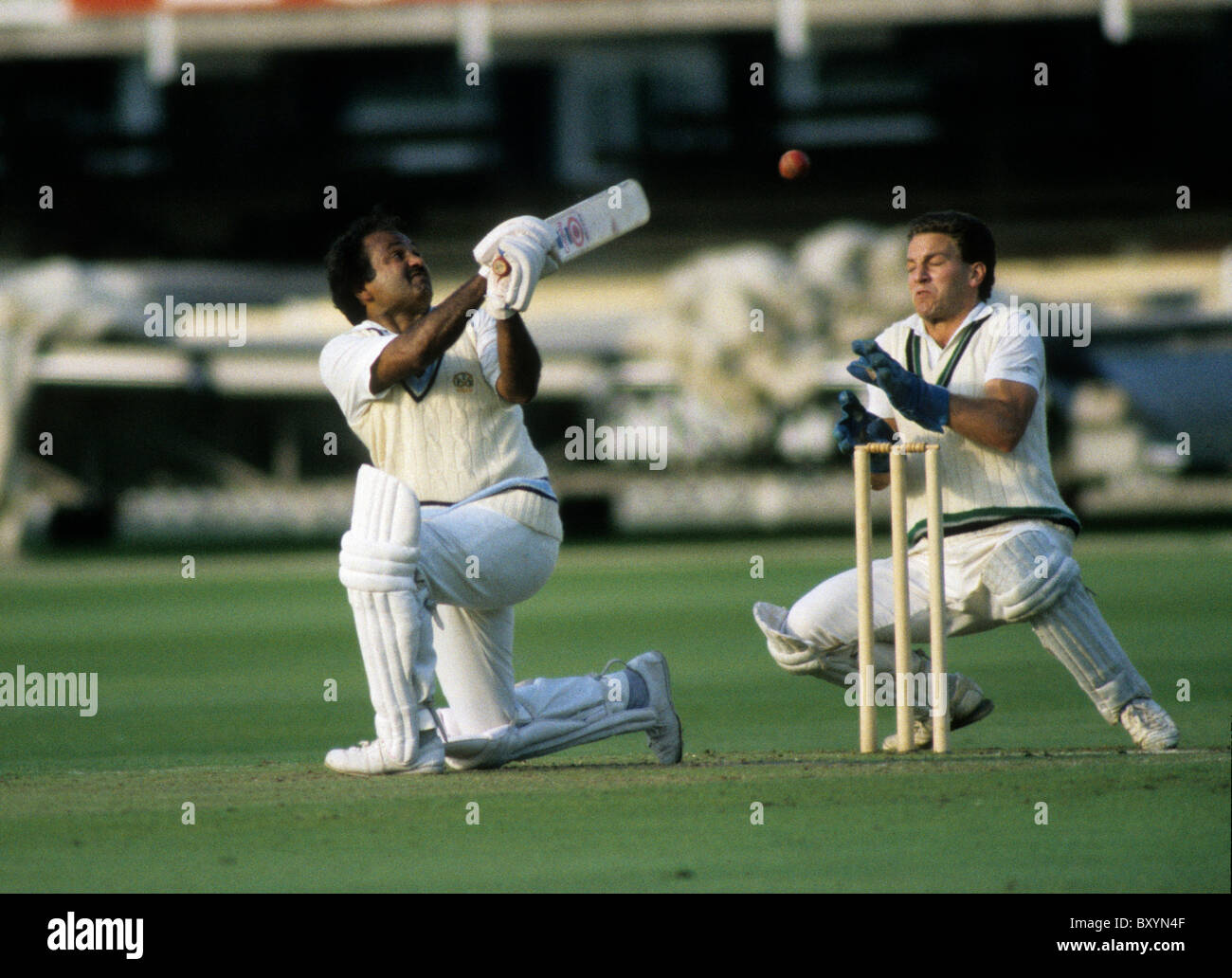 Batsman Mushtaq Mohammad Pakistani cricketer playing for Old Hill at Lords 28/8/87 - Stock Image