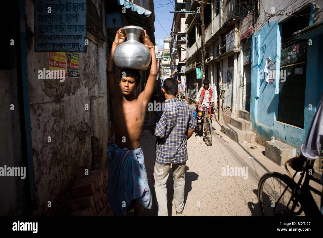 Urban scene in Dhaka, Bangladesh - Stock Image