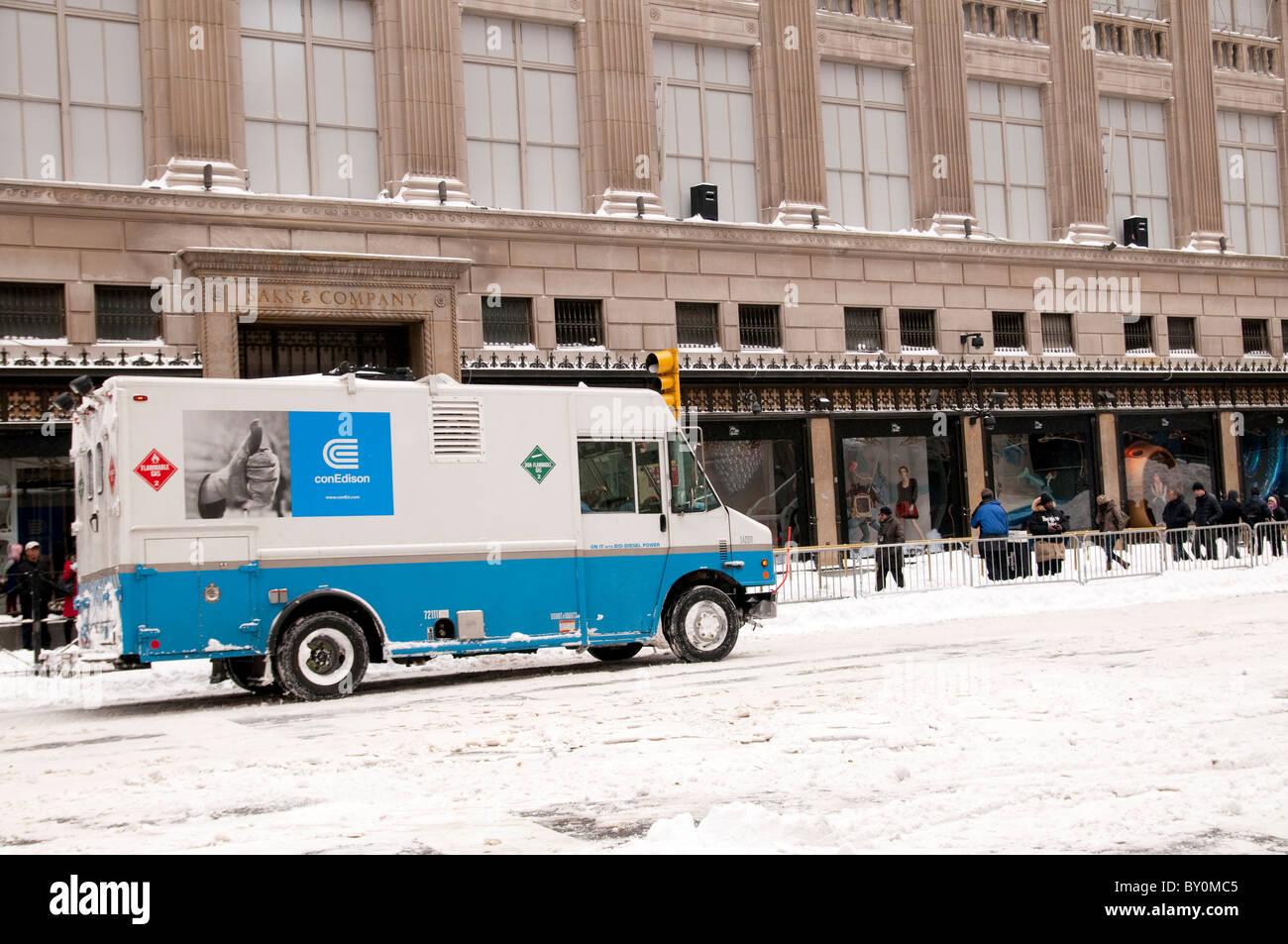 Snow Storm, December 26, 2010, New York City, 5th Avenue, 59th Street vicinity, Manhattan, - Stock Image