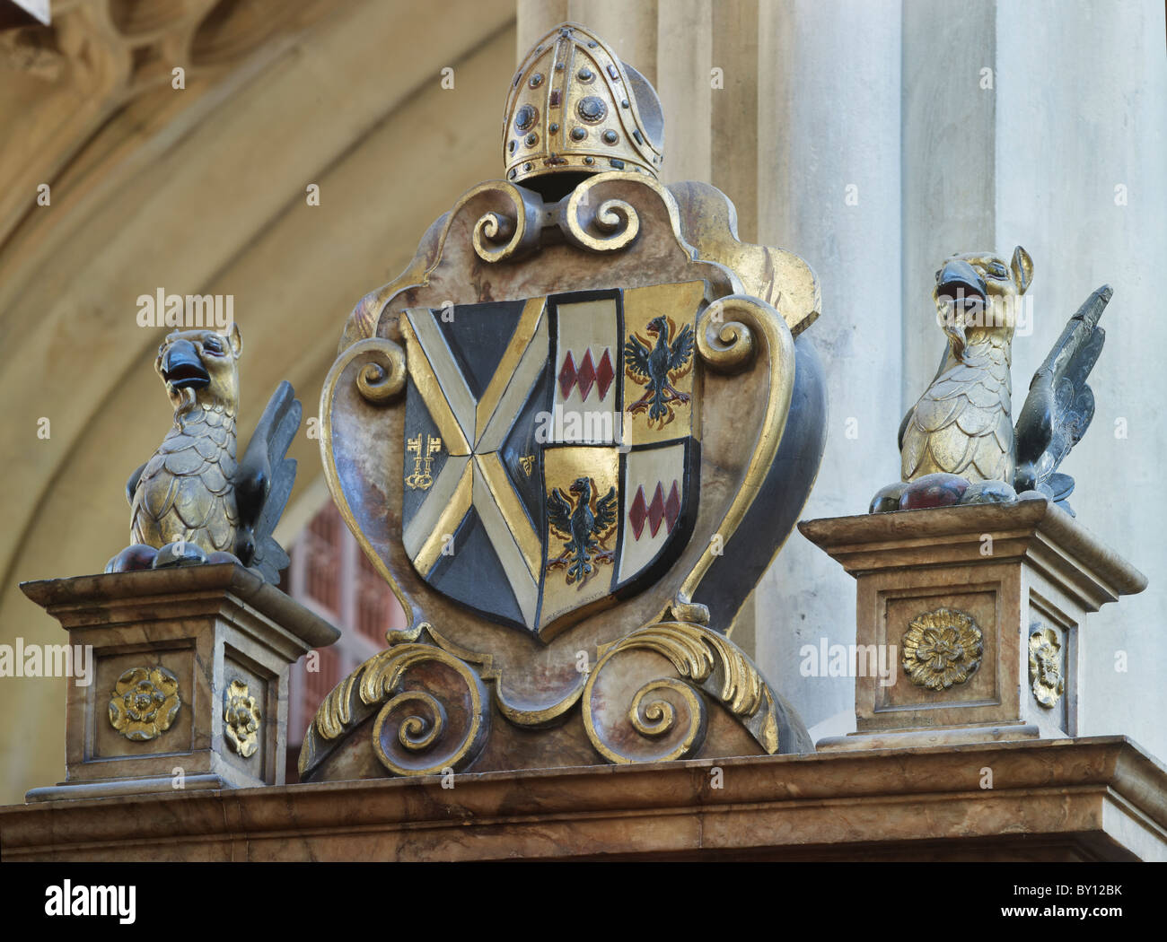 Bath Abbey, monument and coat of arms of James Montagu, died 1618, Bishop of Bath and Wells - Stock Image
