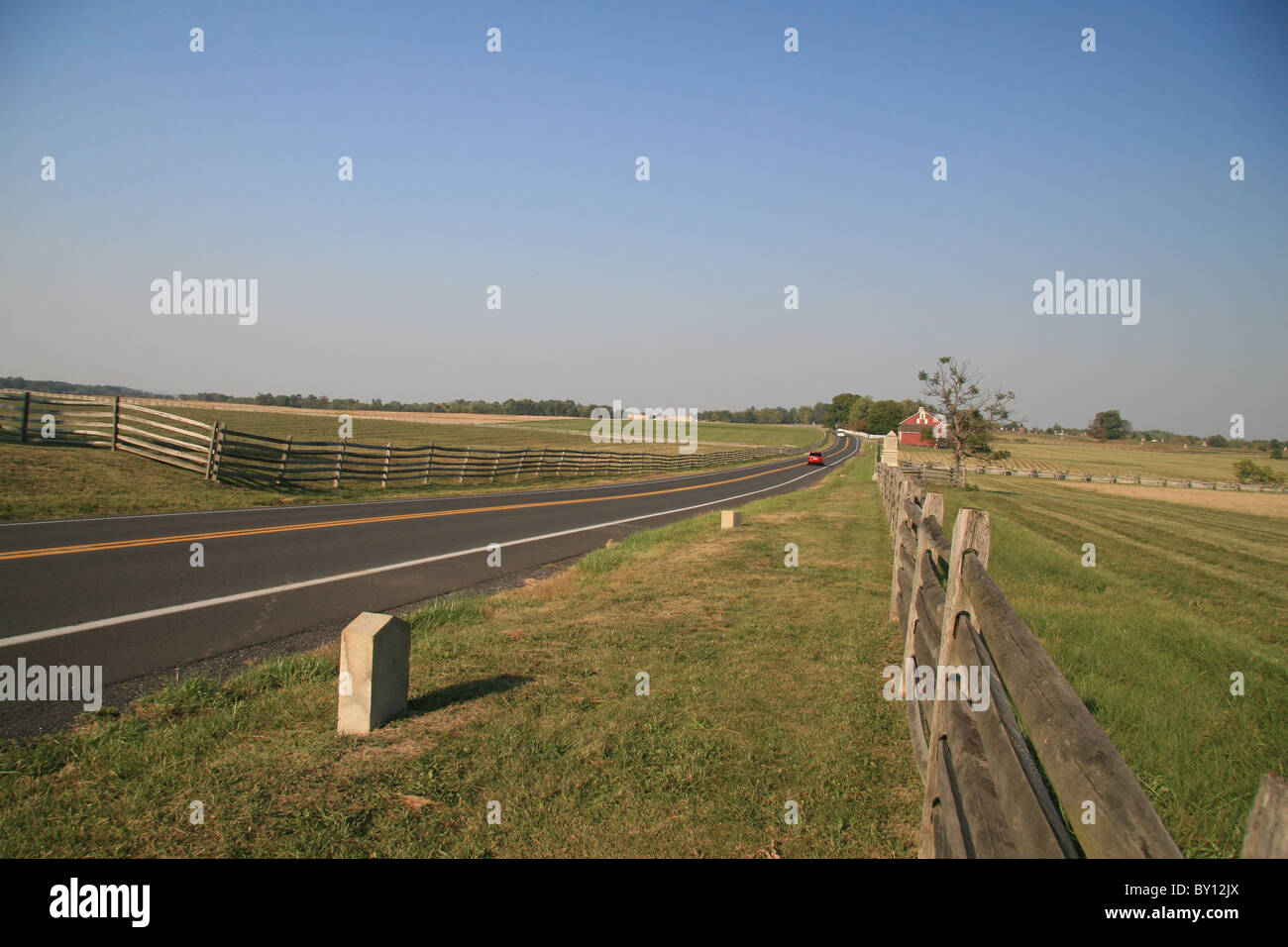 View along Emmitsburg Road, the centre of the Picketts Charge area, Battle of Gettysburg, Gettysburg National Military - Stock Image