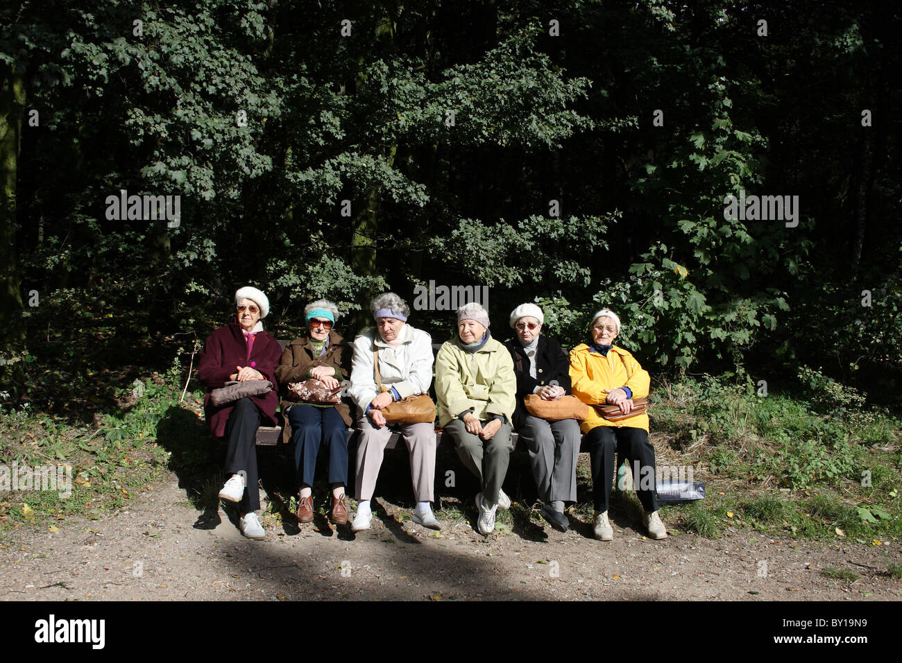 Pensioners in a recreational area in the city of Poznan, Poland - Stock Image