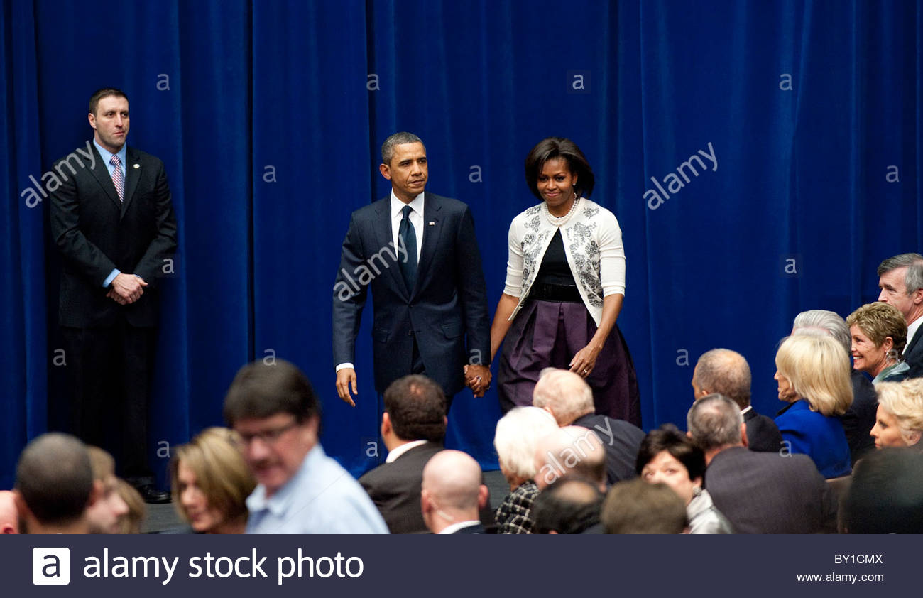 """President Barack Obama  and Michelle arrive at  the memorial event, """"Together We Thrive: Tucson and America' - Stock Image"""