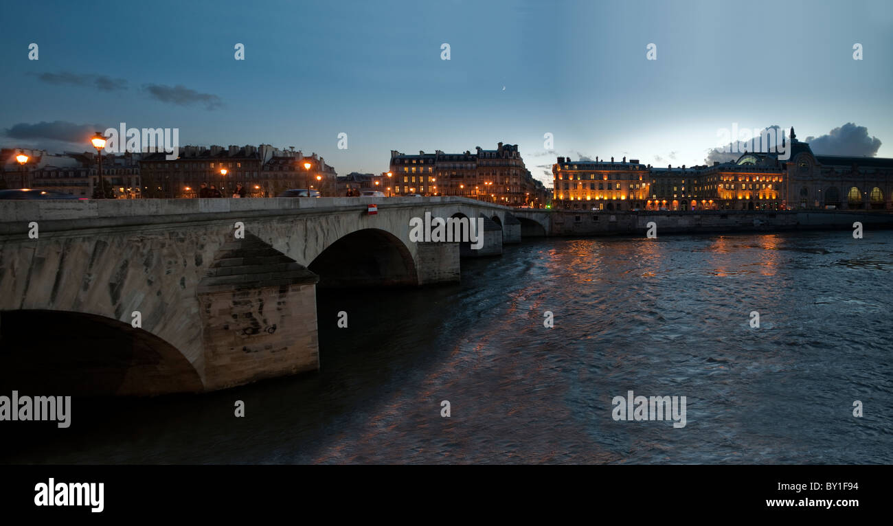 Paris, France, Panorama Seine River at Dusk Scenics, Pont Marie Bridge, Ile-de-la-Cité, - Stock Image