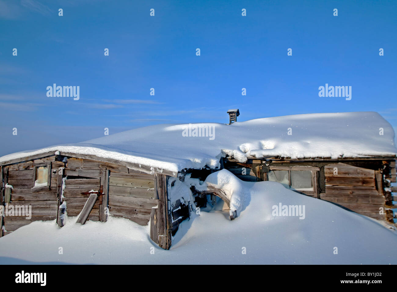 Norway, Finnmark Region. A Derelict building in the Arctic Circle - Stock Image