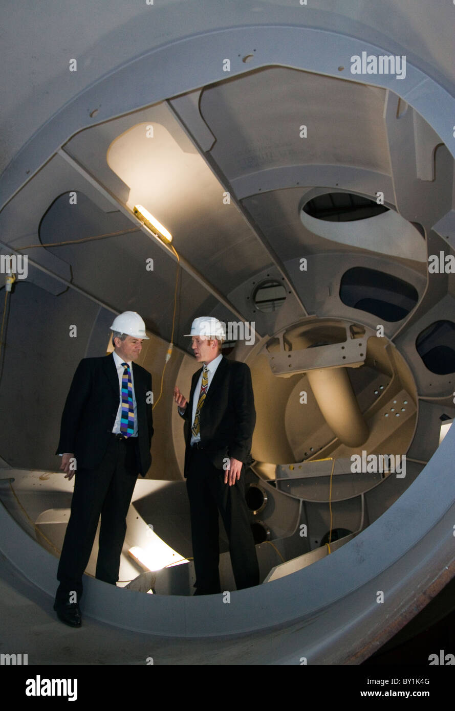 Chris Huhne and Tavish Scott inside a power module of the P2 Pelamis wave converter Picture: Russell Sneddon   TheScribe.eu - Stock Image