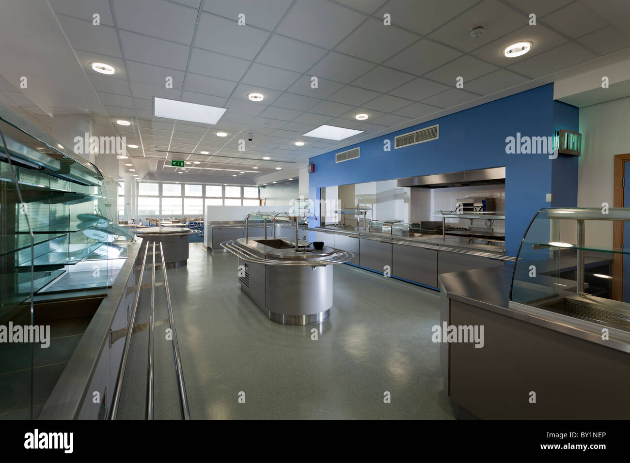Unoccupied empty restaurant at Worthing Hospital - Stock Image