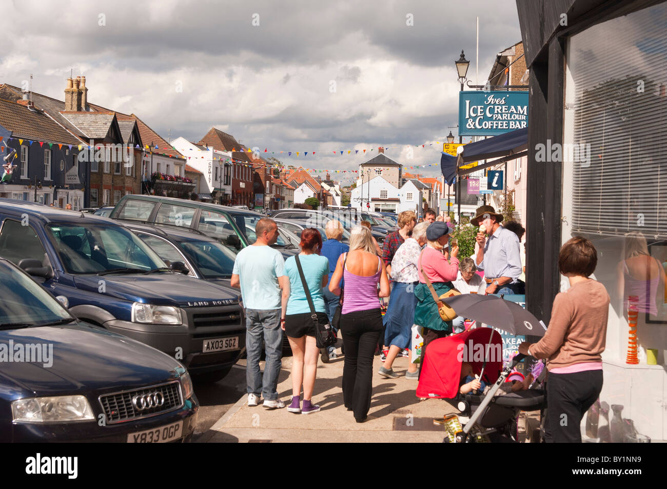 The high street busy with people in the summer at Aldeburgh , Suffolk , England , Great Britain , Uk Stock Photo