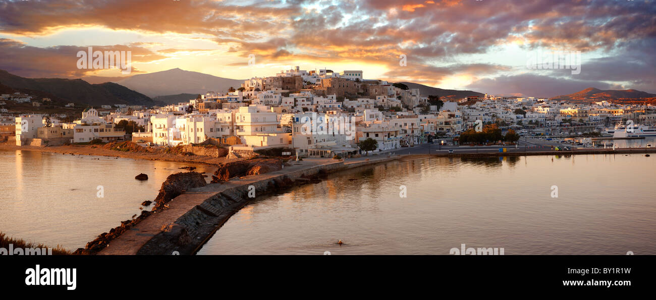 Naxos town (Chora) at sunset. Greek Cyclades Islands Greece - Stock Image