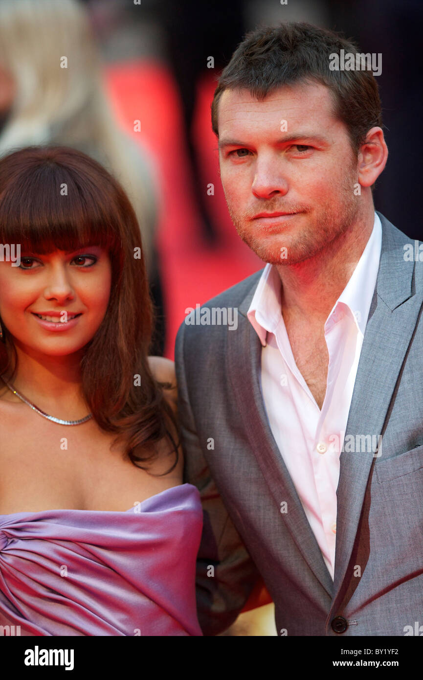 sam worthington dating 2011