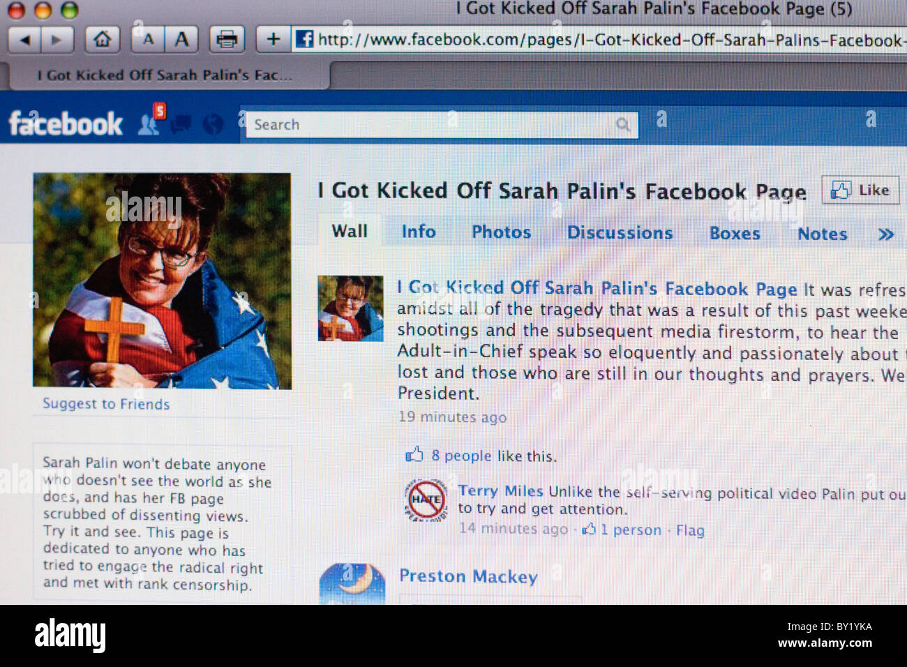 Screenshot of Facebook 'I got kicked off Sarag Palin's Facebook page' - Stock Image