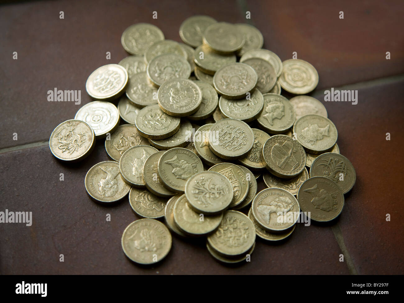 Pile pound coins - Stock Image