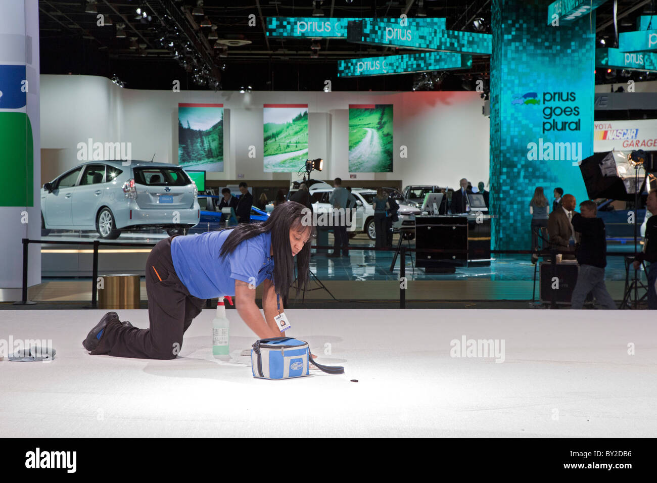Detroit Michigan A Worker Cleans The Floor In The Chrysler - Car show display flooring
