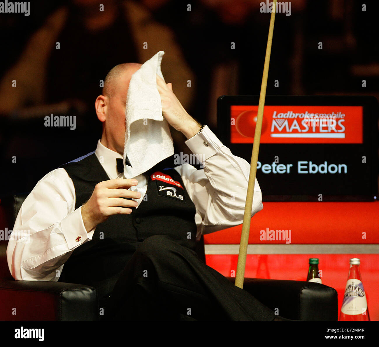 Masters Snooker - Peter Ebdon in action against Marco Fu - Stock Image