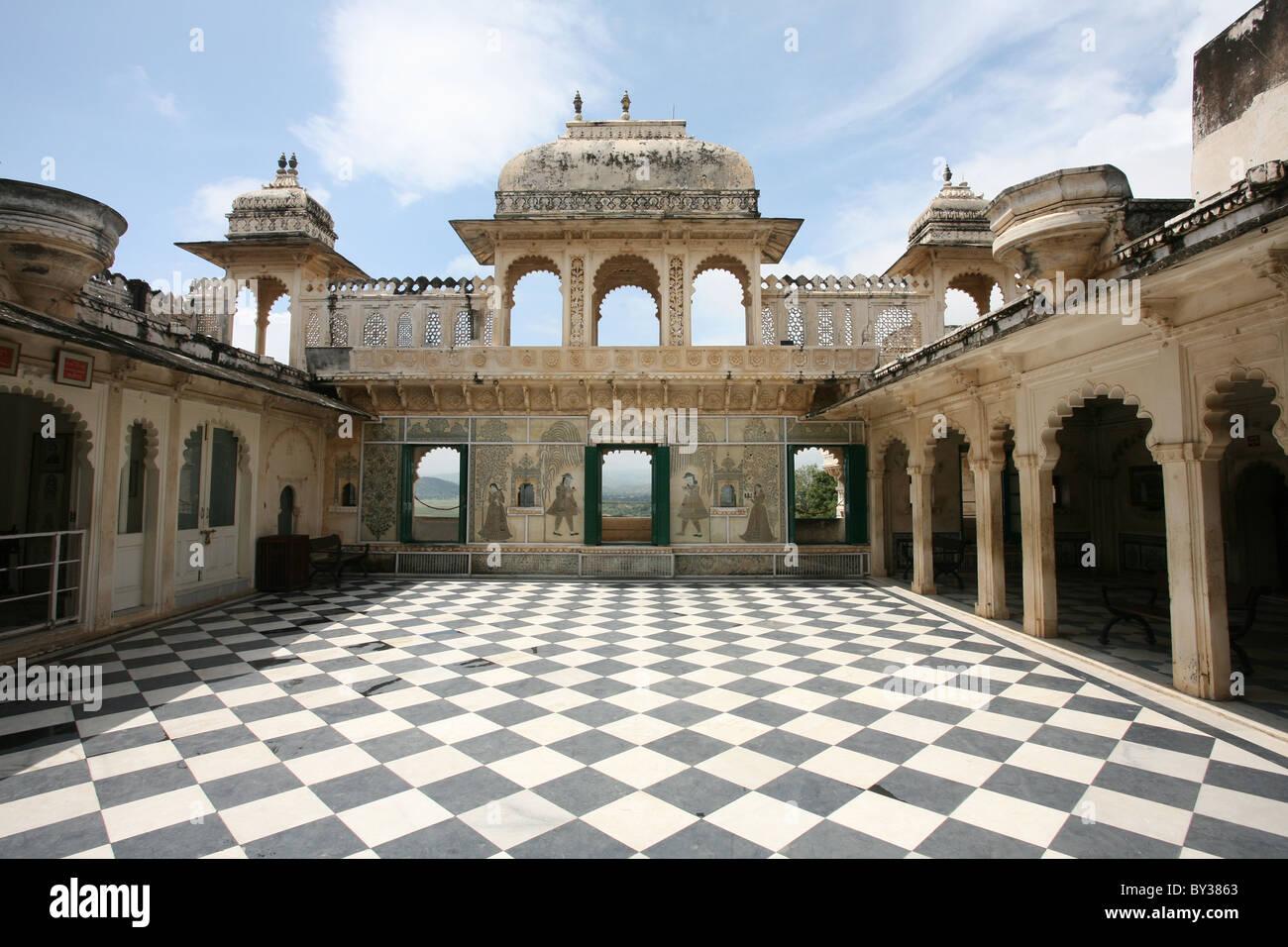 Open air ornate Royal Courtyard Rajya Angan City Palace, Udaipur, Rajasthan Stock Photo
