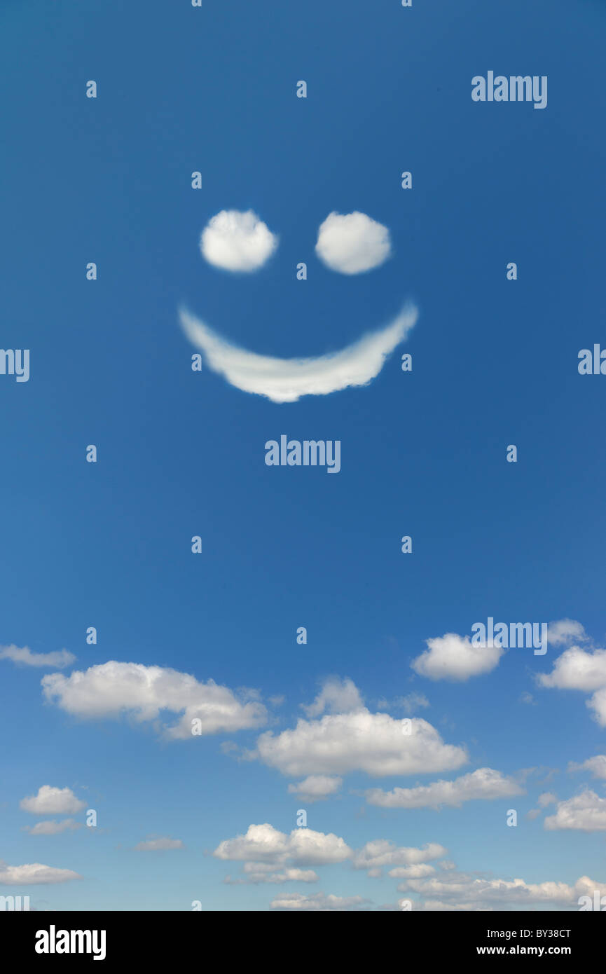 Clouds Forming Smiley Face In Sky Stock Photo 33878568 Alamy