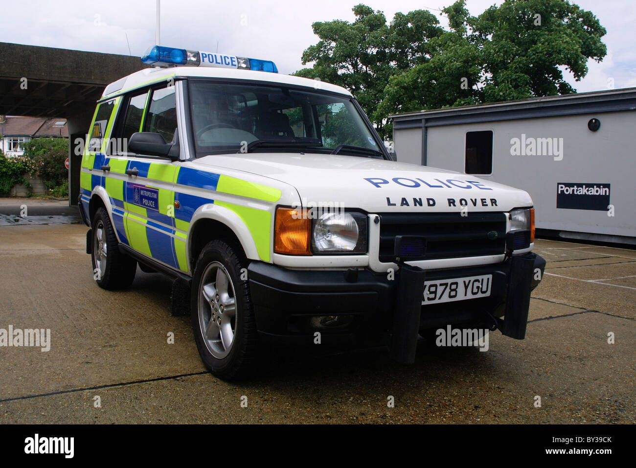 Metreopolitan Police Land Rover Discovery - Stock Image