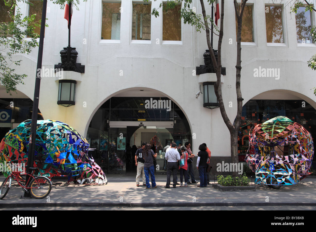Museum of Popular Art, with display of alebrijes, Oaxacan folk art , Mexico City, Mexico, North America - Stock Image