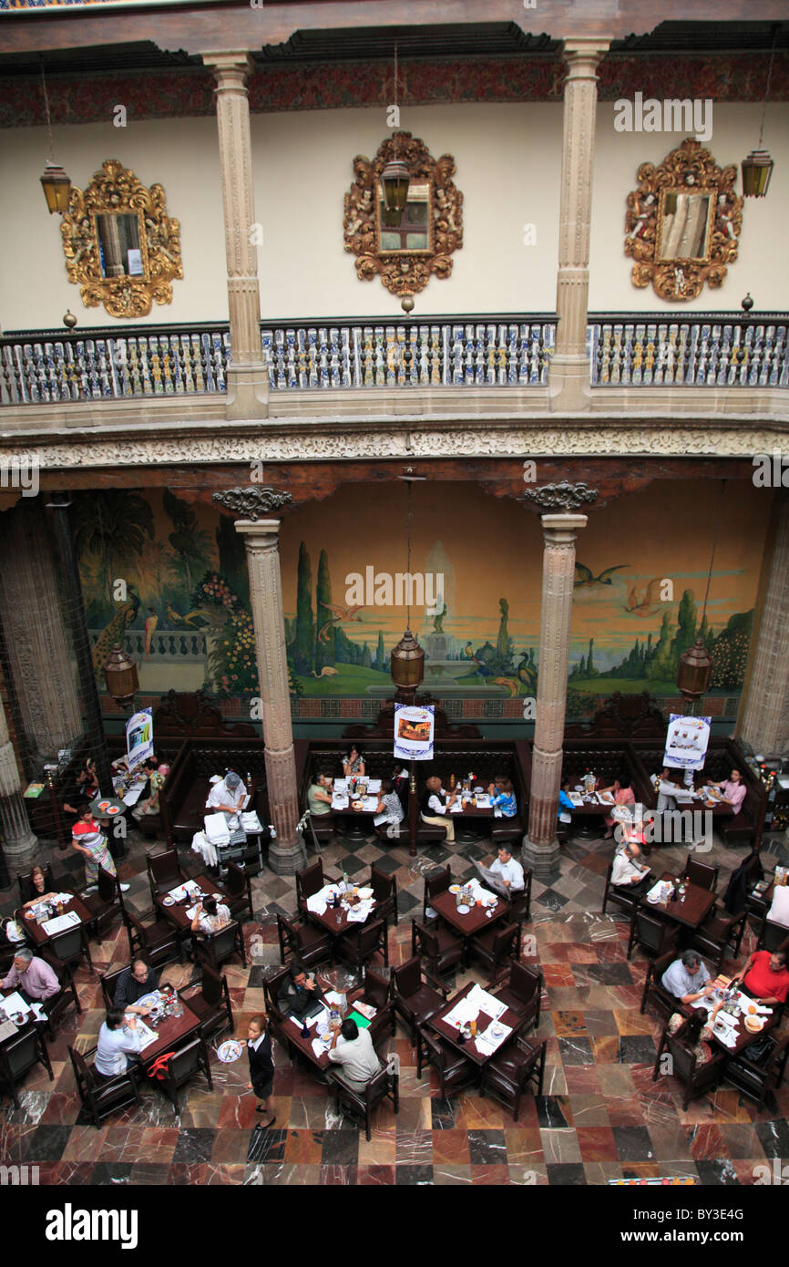 Restaurant, Sanborn's department store House of Tiles mexico city - Stock Image