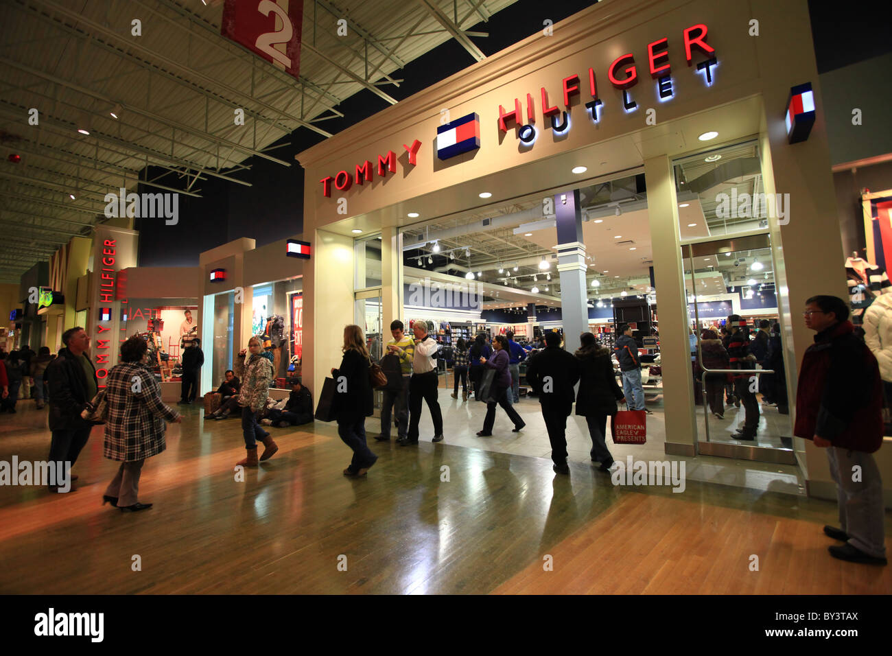 1d6dddeeb Tommy Hilfiger outlet store in Vaughan Mills Mall in Toronto, 2010 ...
