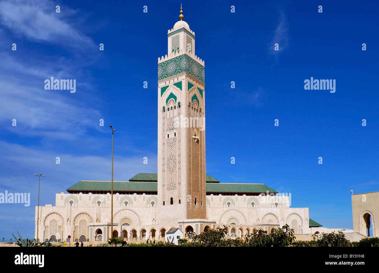 Casablanca Innenstadt, Moschee in der Innenstadt, Hassan II.-Moschee, Casablanca city center, mosque in the city, Stock Photo