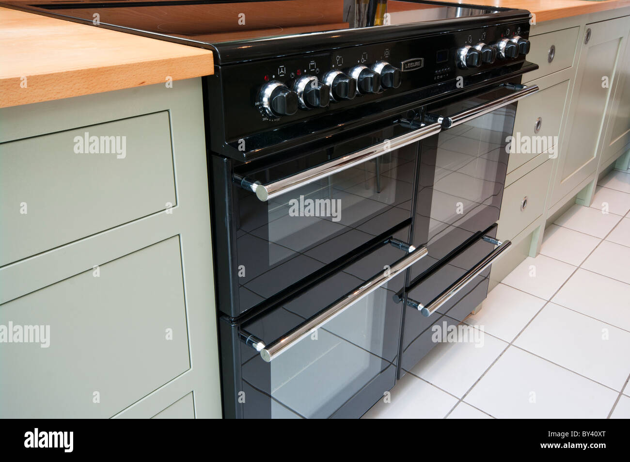 Electric Kitchen Range Cooker - Stock Image