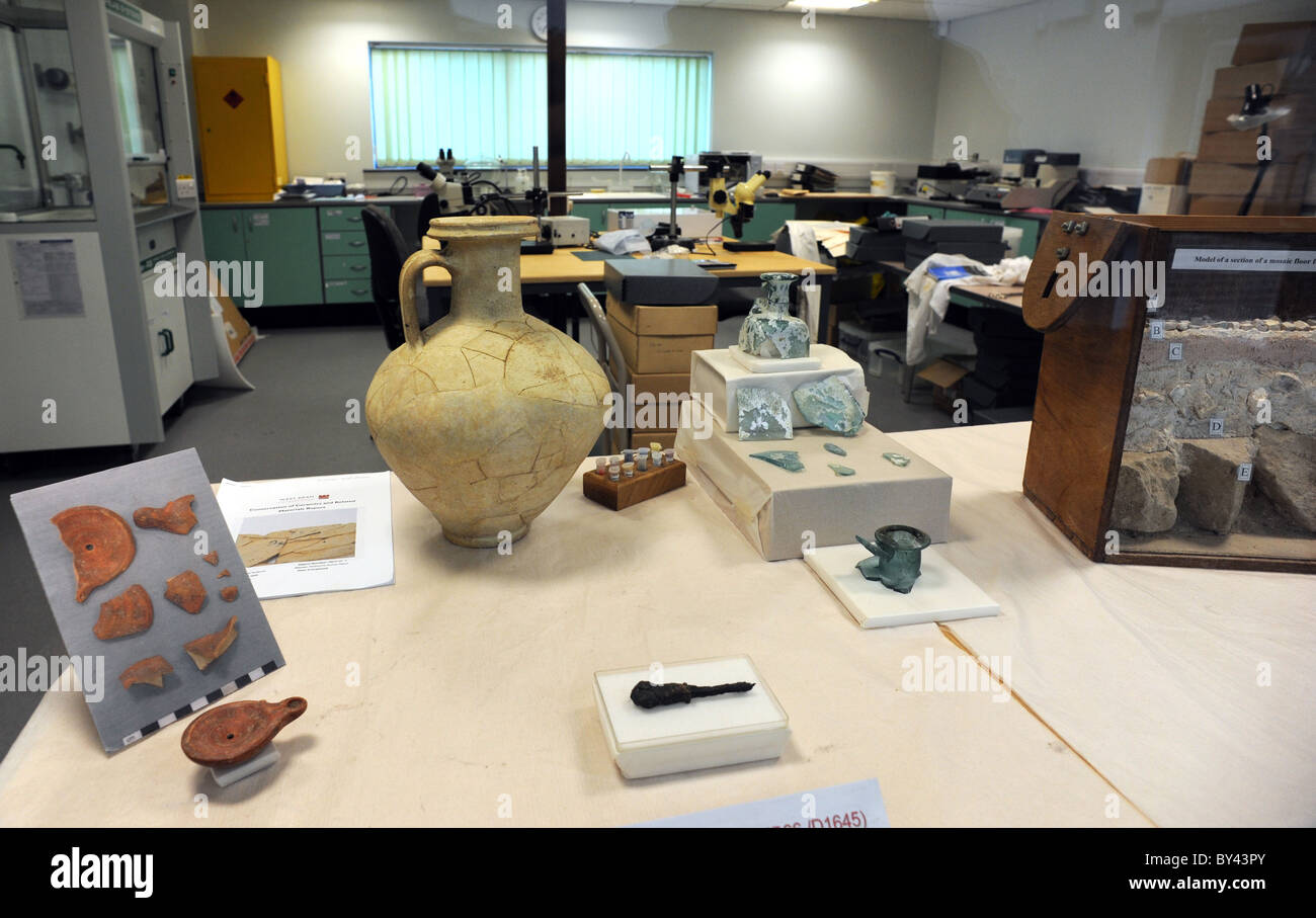 Some of the finds on display inside the Collections Discovery Centre at Fishbourne Roman Palace - Stock Image