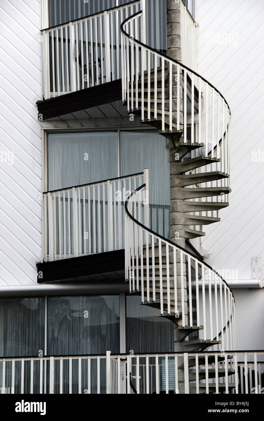 External Spiral Staircase To Block Of Flats. Christchurch, UK December 2009    Stock Image