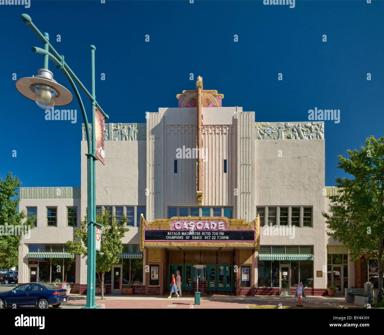 Art Deco Cascade Theater at Market Street in Redding, California, USA - Stock Image