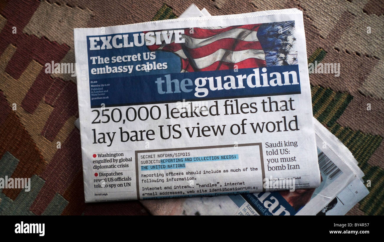 Wikileaks front page headline '250,000 leaked files that lay bare US view of the world' in the Guardian - Stock Image
