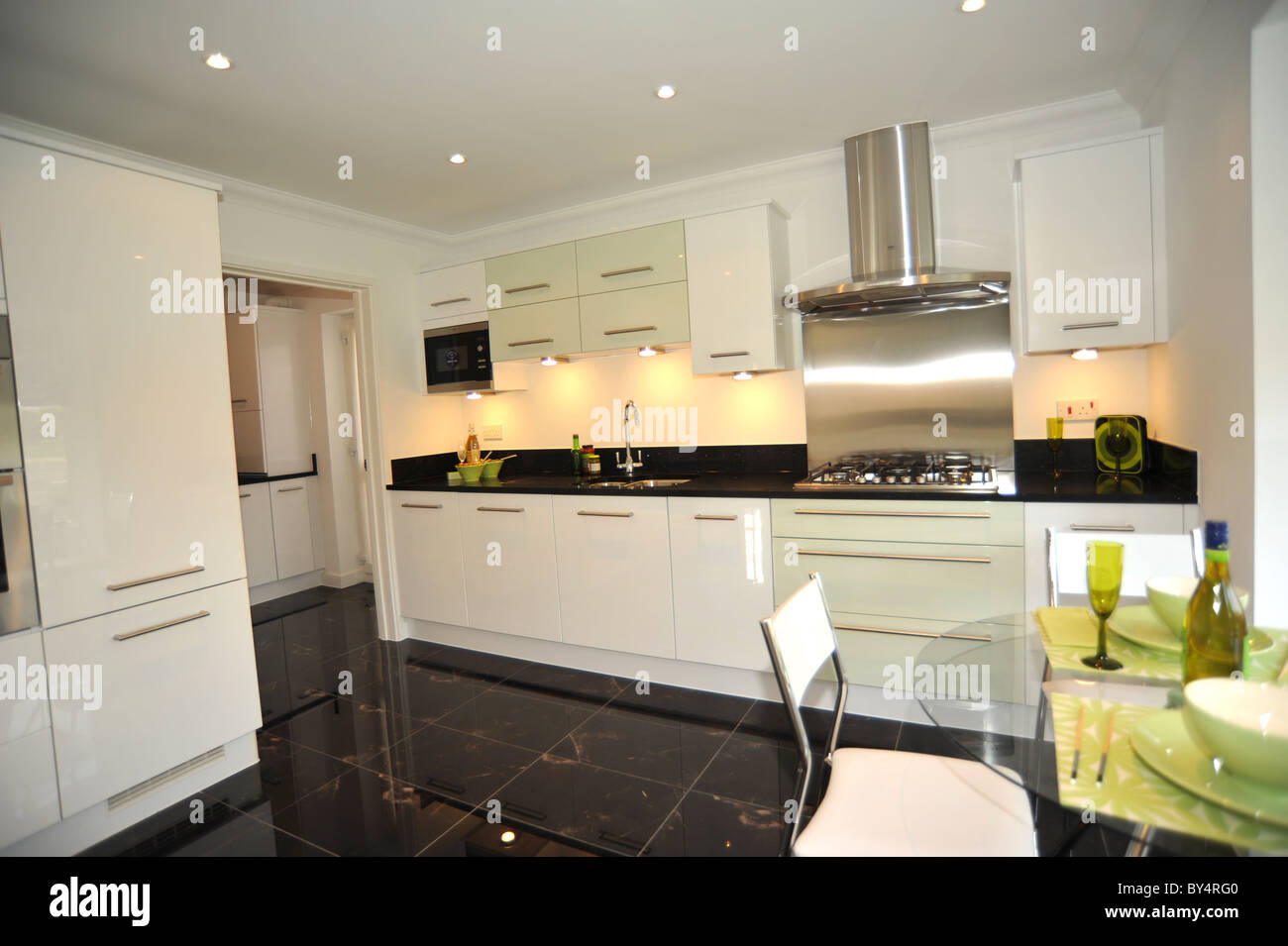 Typical Taylor Wimpey Showhome | Future house | Pinterest ...