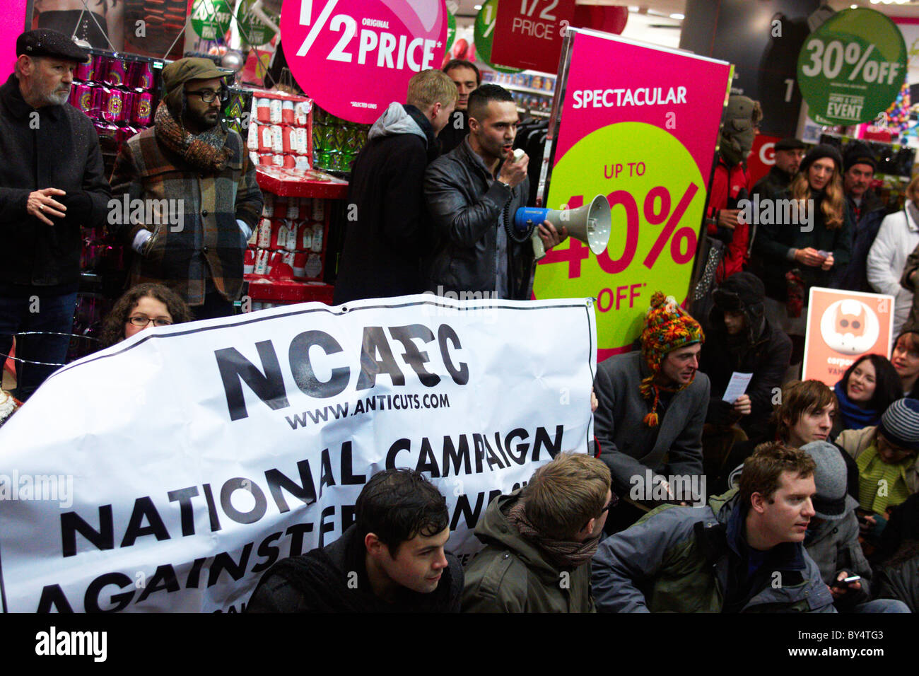 ukuncut protesters outside BHS on Oxford Street Stock Photo