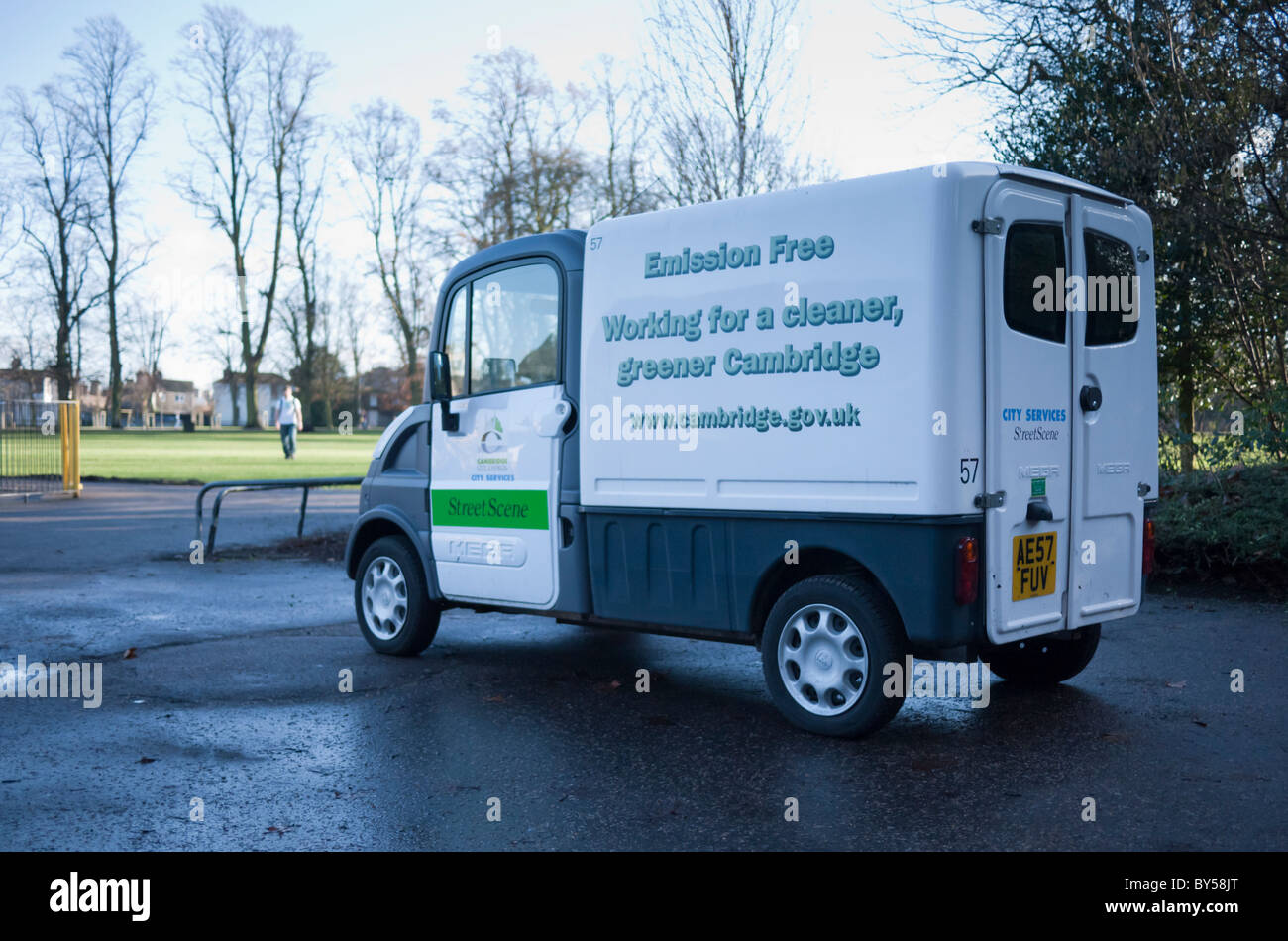Environmentally friendly, emission free, transport for Cambridge City Council parks vehicles - Stock Image