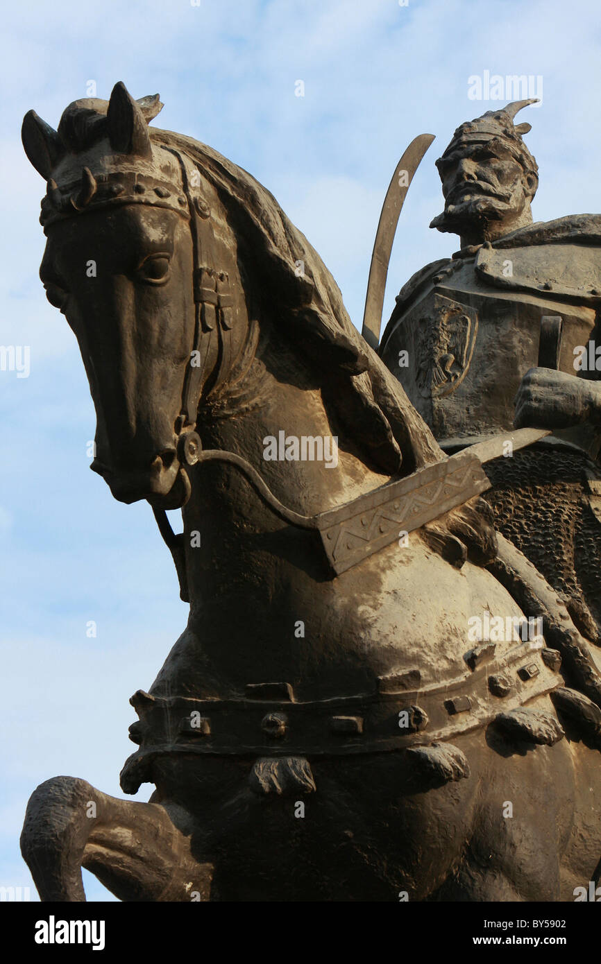 Albania Tirane Tirana Part view of equestrian statue of George Castriot Skanderbeg, the Albanian national hero. - Stock Image