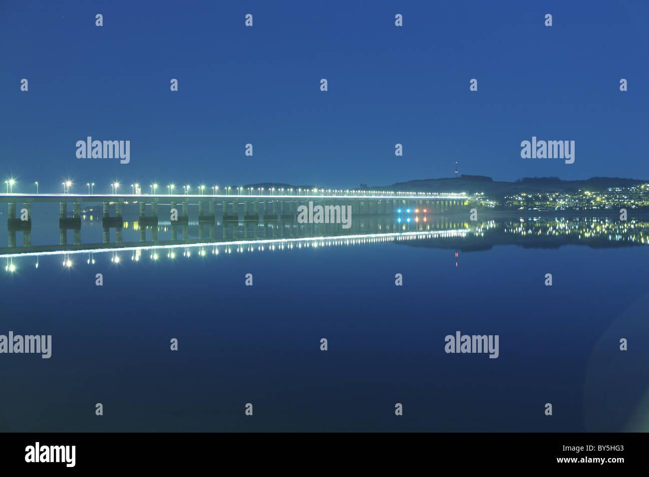 Tay road bridge at night - Stock Image