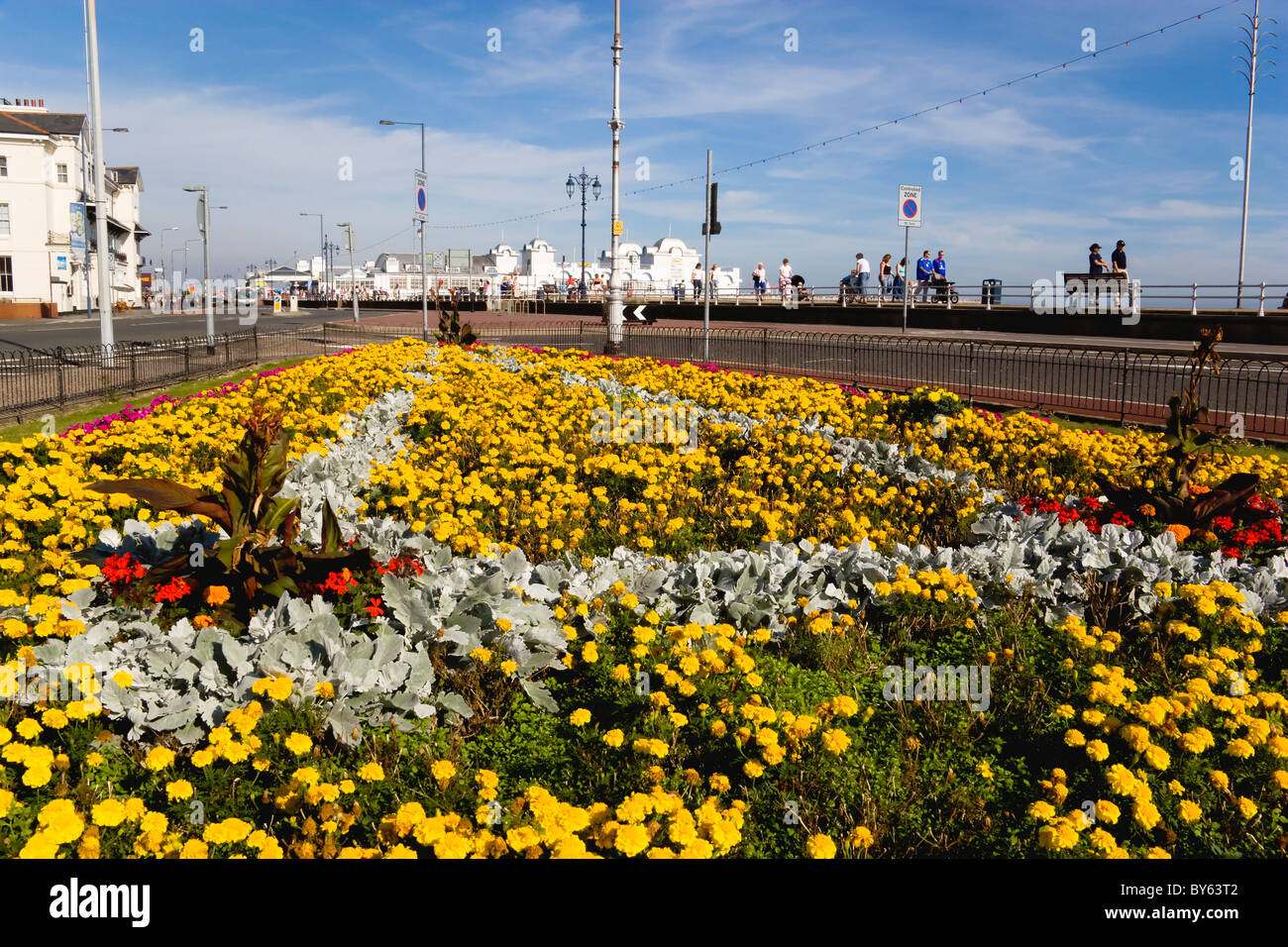 ENGLAND Hampshire Portsmouth South Parade Pier built in 1908 on seafront in Southsea with floral garden display Stock Photo