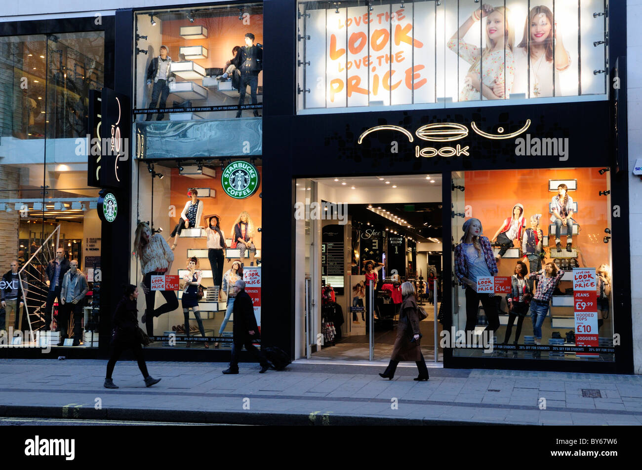 New Look Fashion Clothes Shop, Oxford Street, London, England, UK - Stock Image