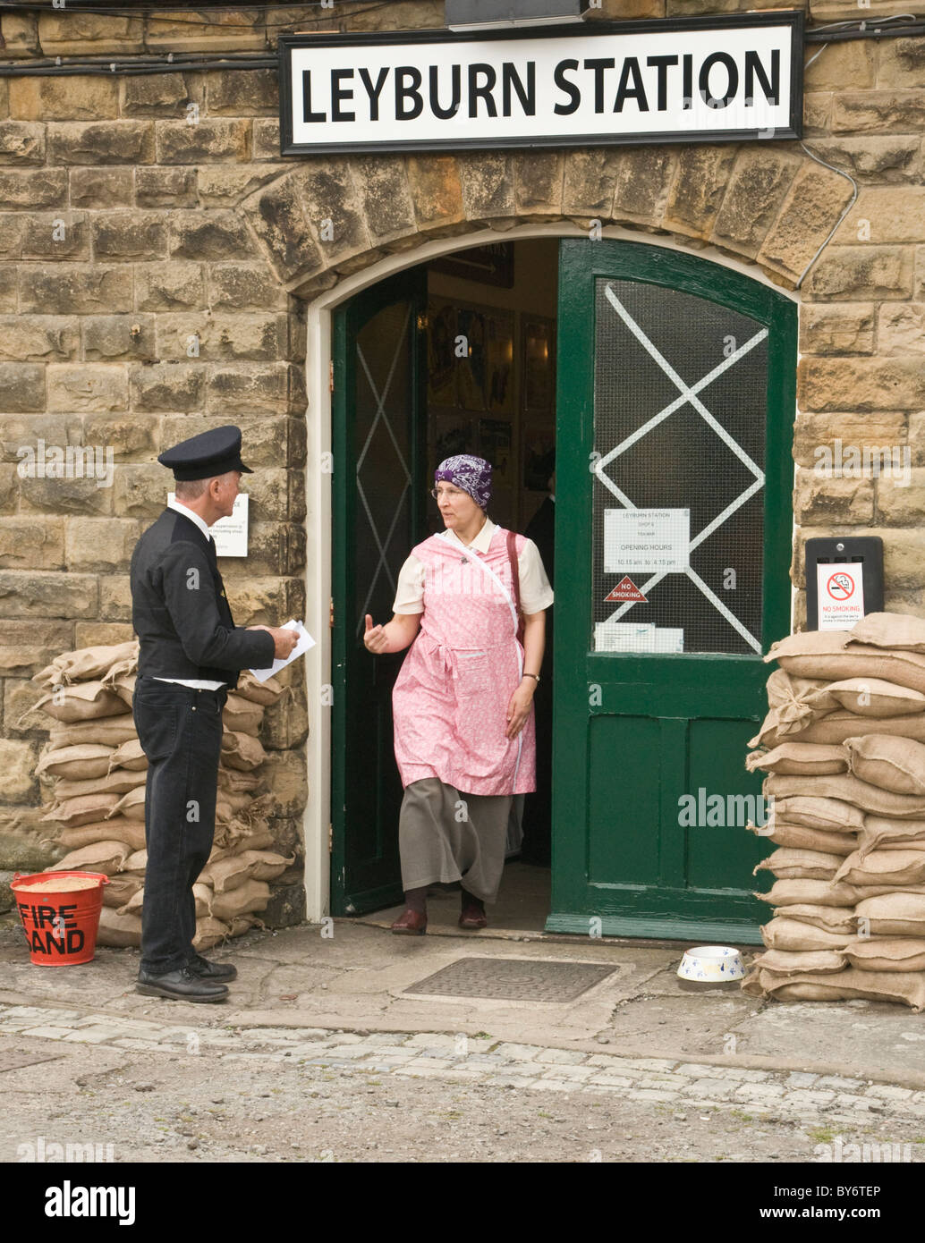 Entrance to Leyburn Railway Station during the annual 1940's re-enactment - Stock Image
