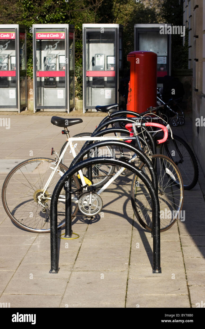 Push Bikes Parked up in Oxford England - Stock Image