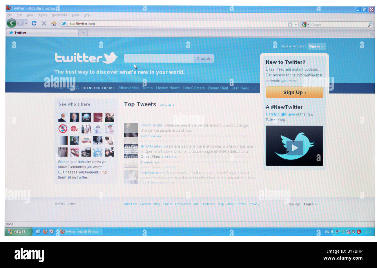 Full screen shot of home page of Twitter.com social networking website - Stock Image