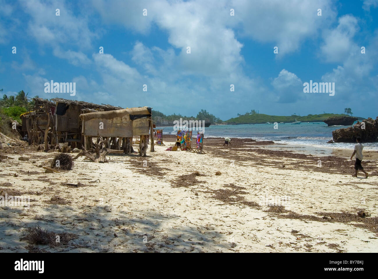 picture postcard image of the beach with duka beach traders at turtle bay in front of Hemingways at Watamu in Kenya - Stock Image