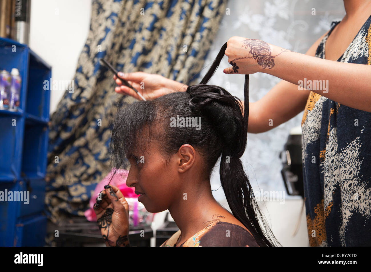 Getting ready for a wedding, Hargeysa, Somaliland, Somalia, Africa - Stock Image