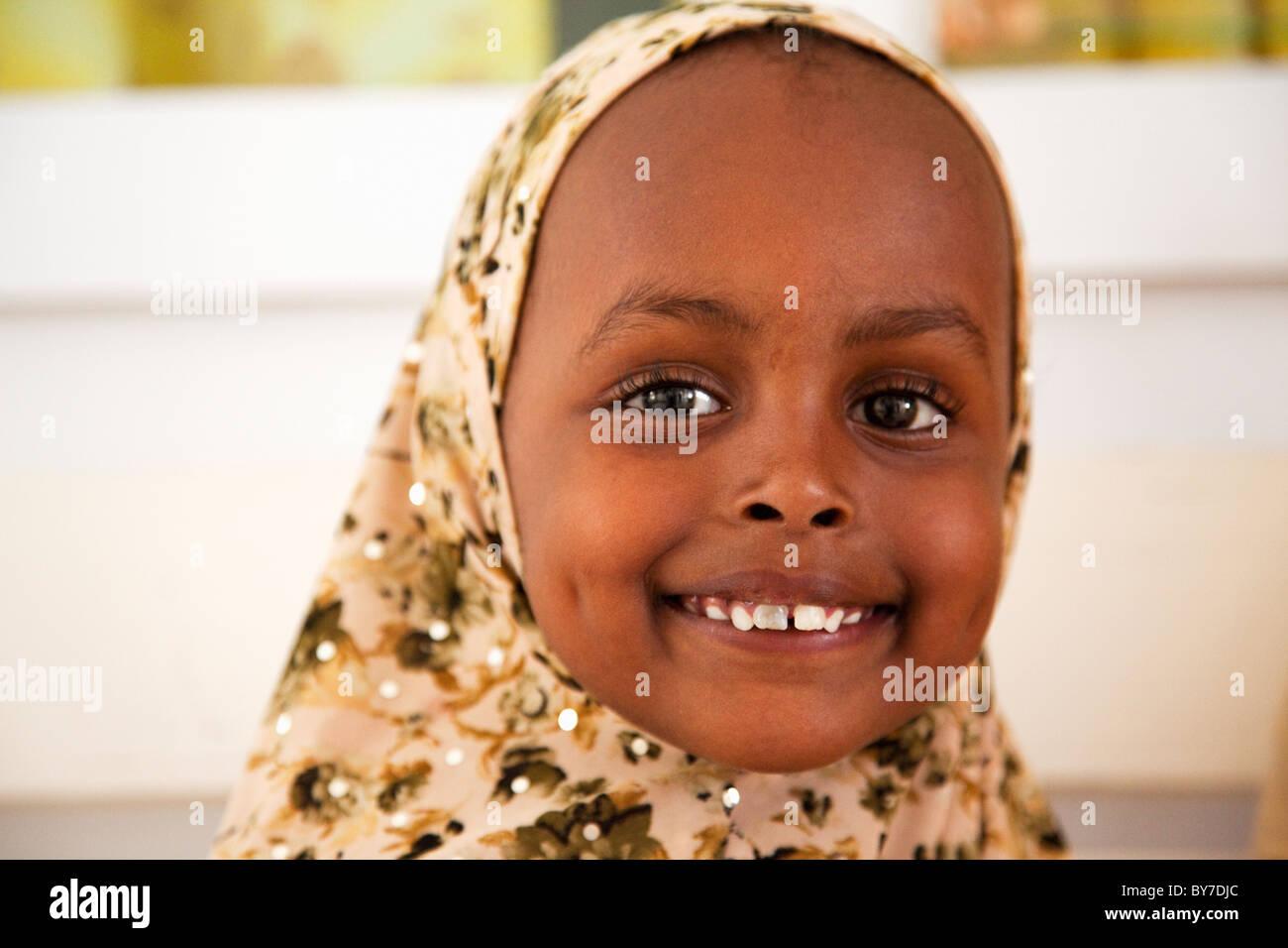 Swahili woman in henna fucked in mombasa - 5 10