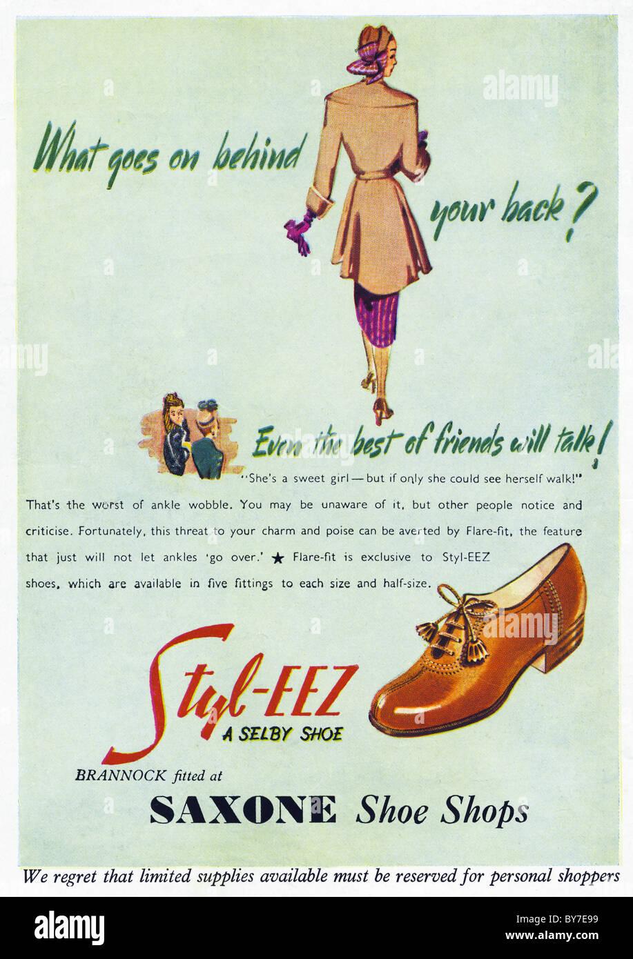 STYL-EEZ ladies shoes advert in women's magazine 1940s advertisement - Stock Image