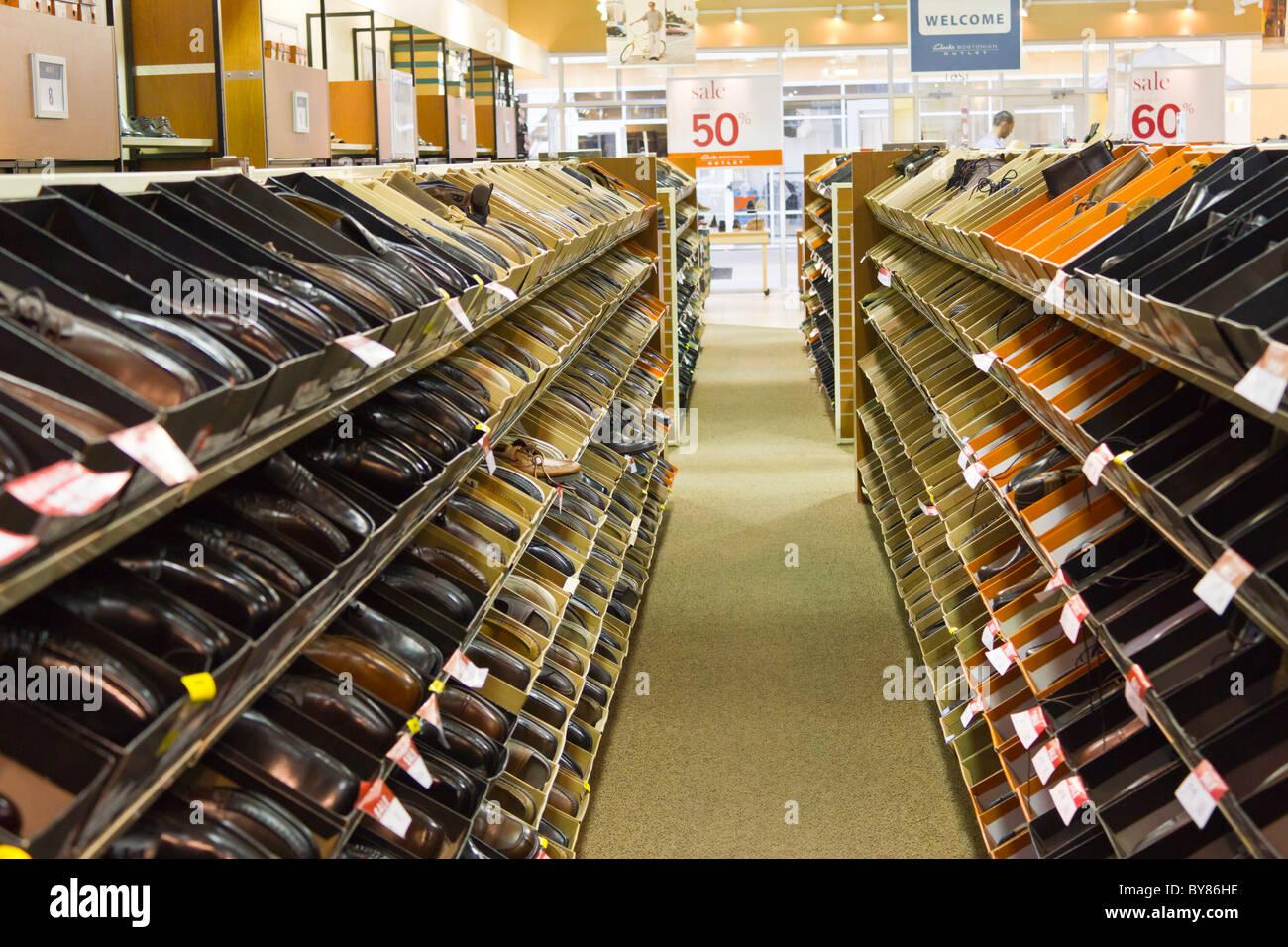 636f7487d2d12b Clarks outlet store