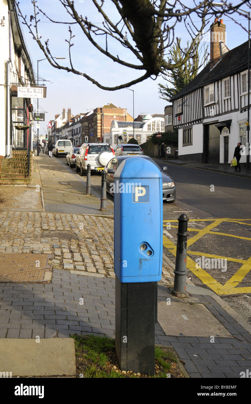 Blue parking meter, St Albans, UK. - Stock Image