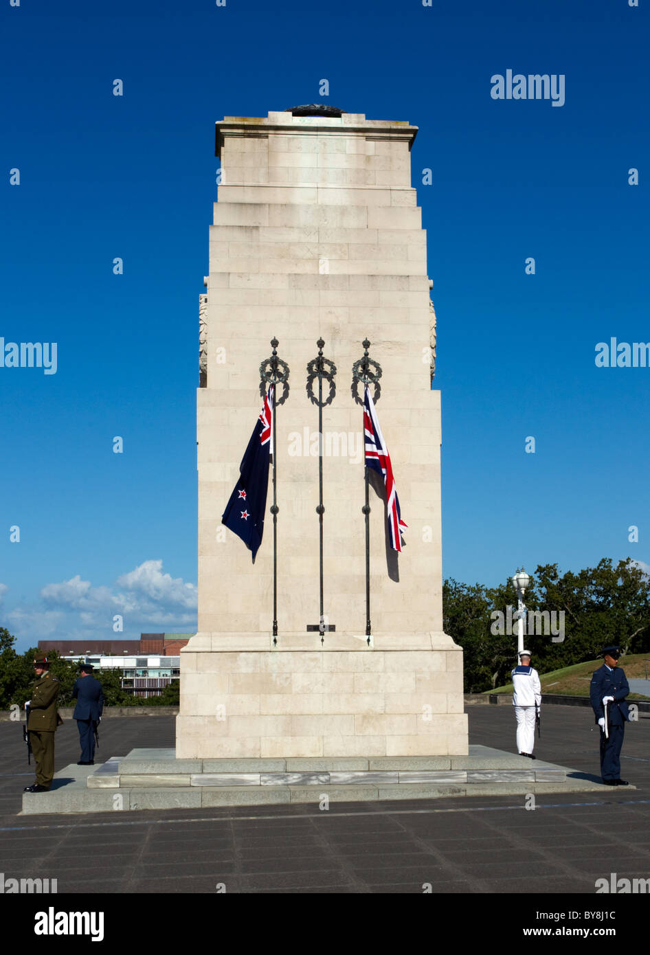 The Cenotaph, Auckland War Memorial Museum, Thursday, January 20, 2011. - Stock Image